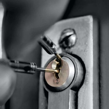Philly home locksmith, Philadelphia residential locksmith, stuck locks Philly